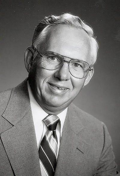 Obituaries in McPherson, KS | McPherson Sentinel