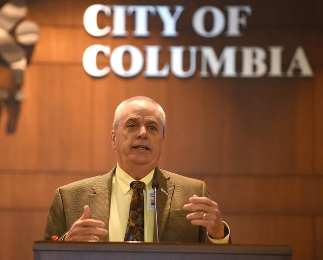 Columbia City Manager John Glascock plans to retire from his position next January.