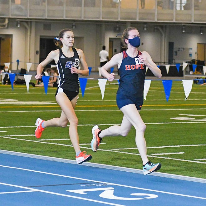 Ana Tucker (right) competes in GVSU's Bob Eubanks Open over the weekend.