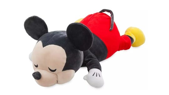 Kids will look forward to nap time with a cozy Mickey like this.