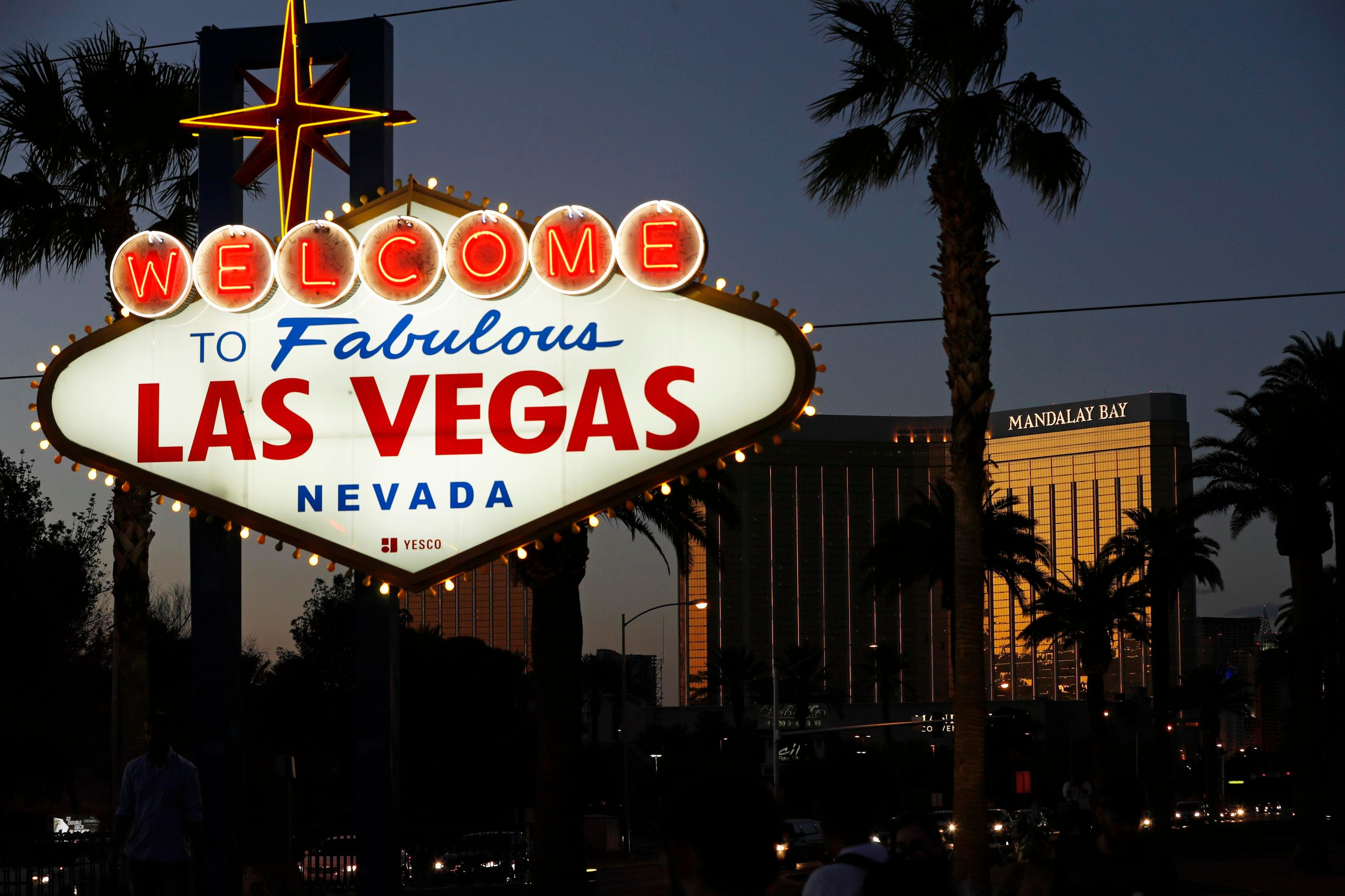 Nevada health officials ask people to mask up in Las Vegas casinos, other indoor spaces