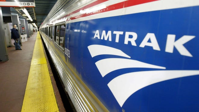 Amtrak stopped its Los Angeles to Las Vegas service in 1997, but now there's talk of reviving it.