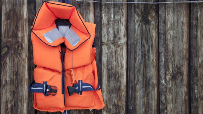 It takes a few minutes to put on a life jacket, and this may seem like a lifetime when you're in a hurry to get in the water and enjoy yourself, but these few minutes may pay off in the end. About 80% of people who drown as a result of boating accidents aren't wearing a life jacket when found, according to the U.S. Coast Guard Reserve. Most of them, the USCG Reserve says, could have been saved had they been wearing a life jacket.