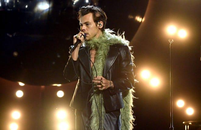 Harry Styles' 'eccentric' Grammy Awards look
