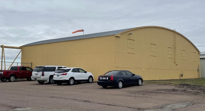 A lease to use the city-owned hangar between Quest Aviation and Aberdeen Flying Service at the airport has been discussed by both the Aberdeen City Council and airport board in recent months. American News photo by Elisa Sand