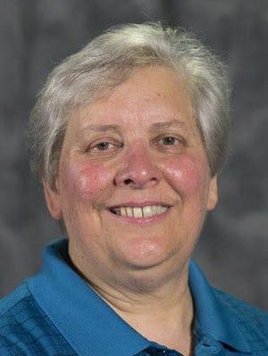 Carolyn VandeWiele