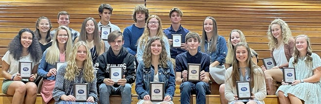 Winners from night two of the 2020 Fall Sports Awards ceremony include, front row, from left: Nova Mobley (Girls' Cross Country — Most Improved), Kenzie Brown (Girls' Cross Country — MVP), and Madison Kay (Girls' Cross Country — Mental Attitude). Second row: Monique Shade (Girls' soccer — MVP), Becca Brown (Girls' Soccer — Most Improved), Tristan Calvin (Boys' Cross Country — MVP), Lucas Hendershot (Boys' Cross Country — Mental Attitude), Marina Knieriem (Girls' Soccer), and Ashlyn Boltinhouse (Girls' soccer — Top Newcomer). Third row: Zoe Wainscott (Girls' Soccer), Olivia Wainscott (Girls' Soccer), Kayla Potts (Girls' Soccer), Charley Truax (Girls' Soccer), and Mikayla Miller (Girls' Soccer — Mental Attitude). Back row: Ethan Fulk (Boys' Soccer — Top Scorer), Jon Wetzel (Boys' Soccer — Most Improved), Noah Dean (Boys' Soccer) and Luke Strouse (MVP). (Submitted / Spencer Evening World)
