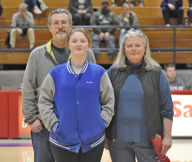 Owen Valley grad Heather Dutt is the daughter of Kirk Dutt and Becky Straight. Dutt was recently honored as a 10-year 4-H member. She plans to attend Indiana State University and dedicate her life to the arts and sciences. (Shawna Rush / Spencer Evening World)
