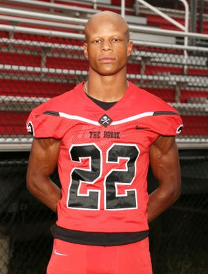 Bolingbrook (Ill.) High's Justin Walters, a three-star safety in the 2021 recruiting class, verbally committed to Notre Dame on Feb. 2, 2020.