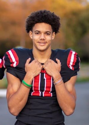 Gaithersburg (Md.) Quince Orchard High's Ryan Barnes, a cornerback in the 2021 recruiting class, verbally committed to Notre Dame on June 6, 2020.