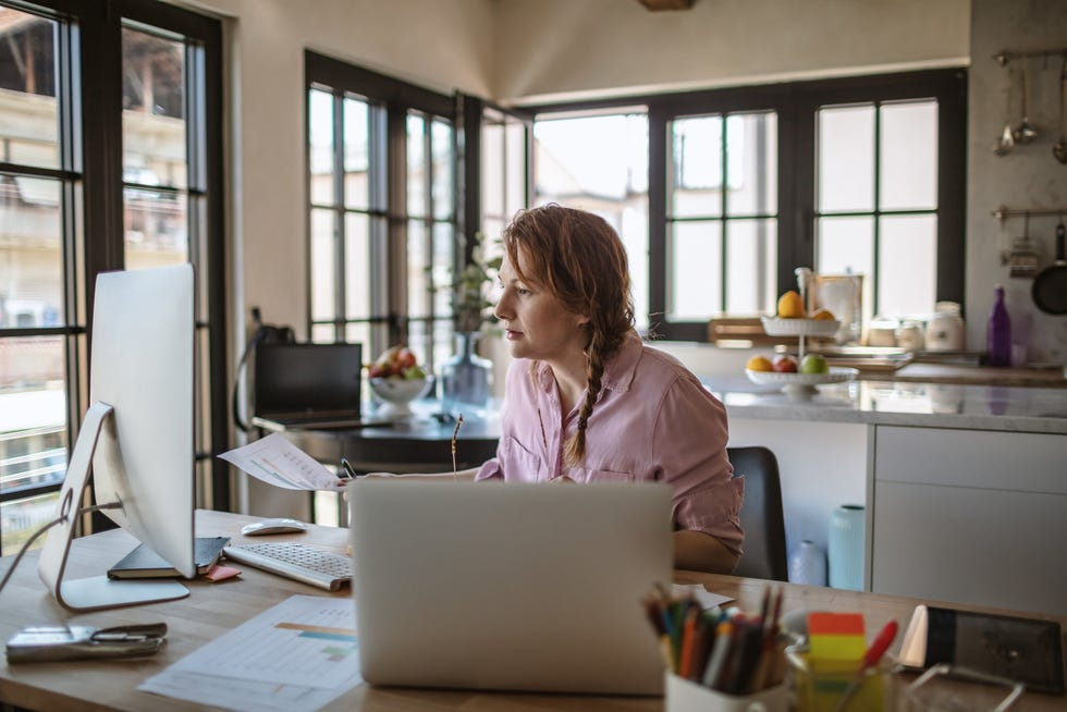Forty percent of Americans prefer to work from home full-time, compared with35% who seek a home-office hybrid and 25% who want to go back to the office full-time, according to a Harris Poll survey.