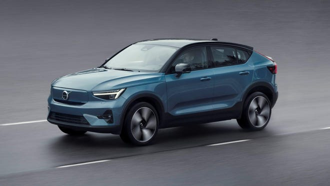 The 2022 Volvo C40 Recharge is based on the XC40 Recharge but includes a faster roofline and updated styling. (Volvo Car USA)