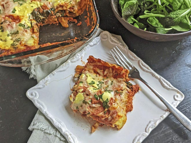 Sauteed kale and mushrooms work well in cheesy lasagna.