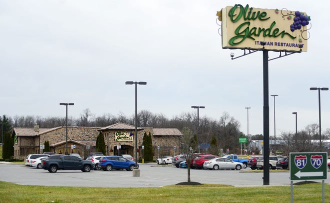 Olive Garden seeks to locate a Gadsden franchise in the old Logan's Roadhouse location on Rainbow Drive.