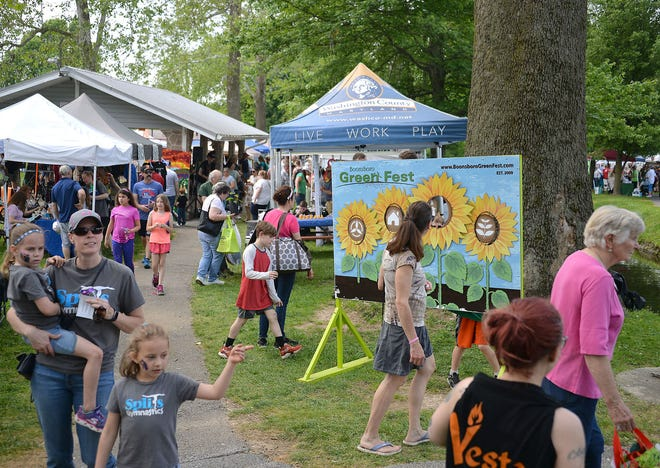 """Organizers estimated Saturday's crowd for the 11th annual Green Fest at Boonsboro's Shafer Park to be more than 2,000 people. There were more than 200 vendors and recyclers on hand for the event, which emphasizes environmentally friendly practices, said Janeen Solberg, Green Fest committee co-chairwoman. """"This year, I think, it's bigger than ever due to the nice weather,"""" she said. Proceeds from the event go to the Friends of Shafer Park, Micah's Backpack and other local businesses and organizations."""