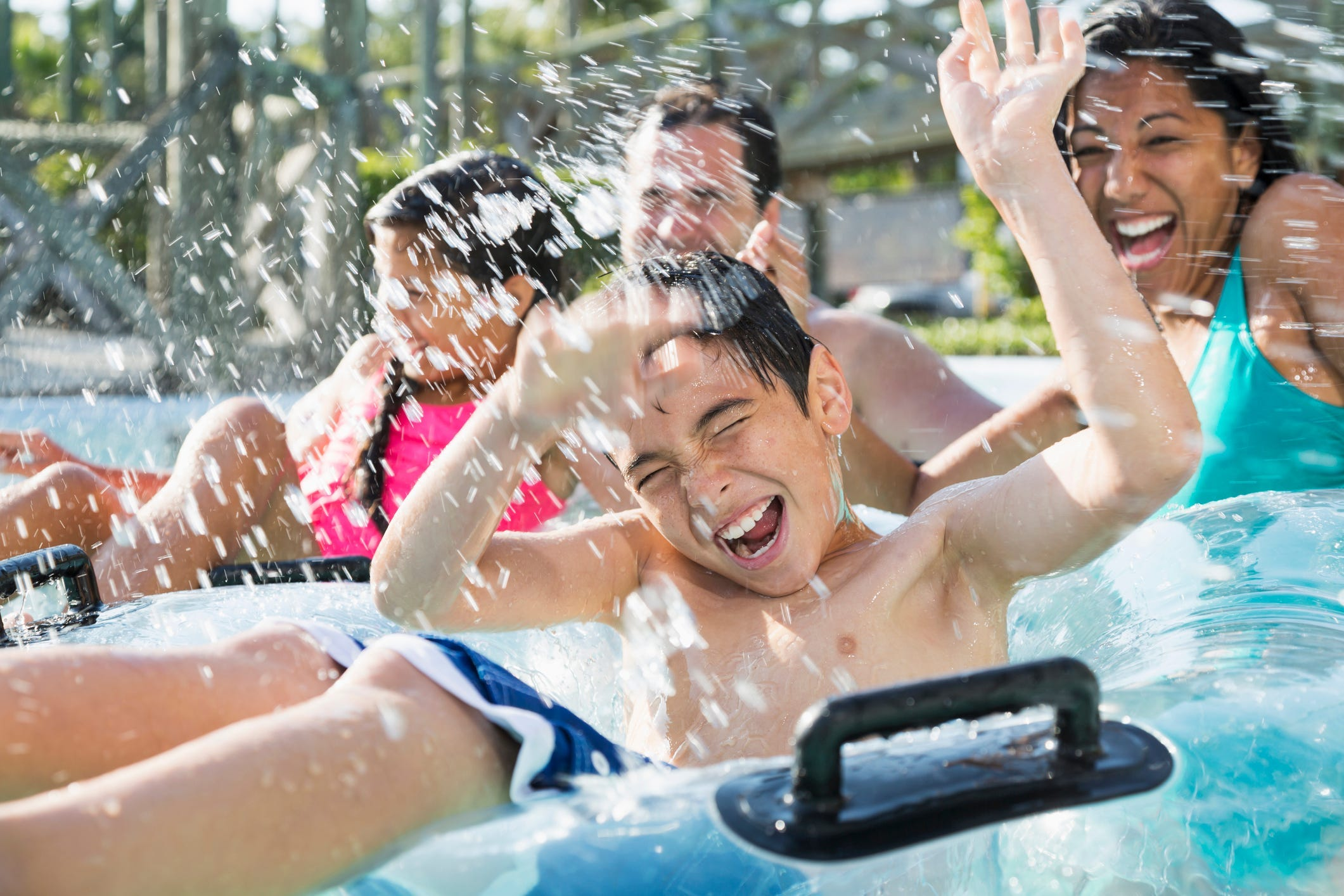 Vote now for the best amusement parks and water parks