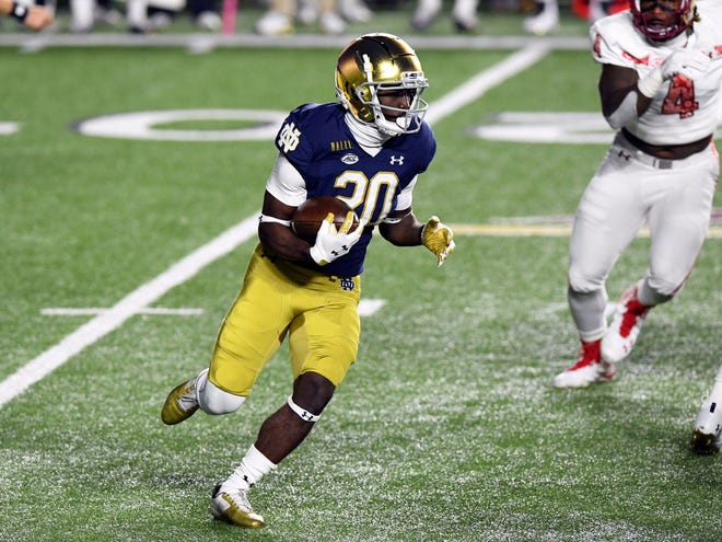 A bye week proved to be the perfect prescription for C'Bo Flemister (20) and a banged-up Notre Dame running back corps.