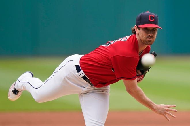 Cleveland Indians starting pitcher Shane Bieber delivers in the first inning of a baseball game against the Seattle Mariners, Sunday, June 13, 2021, in Cleveland. (AP Photo/Tony Dejak)