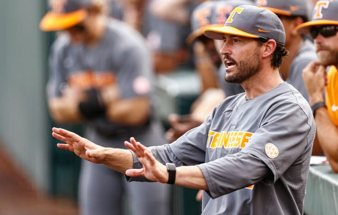 Tennessee head coach Tony Vitello reacts to a call during an NCAA college baseball super regional game against LSU, Sunday, June 13, 2021, in Knoxville, Tenn. (AP Photo/Wade Payne)