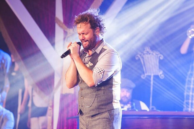 Christian singer David Phelps will perform Sunday, Oct. 3, at Second Baptist Church in Clinton.