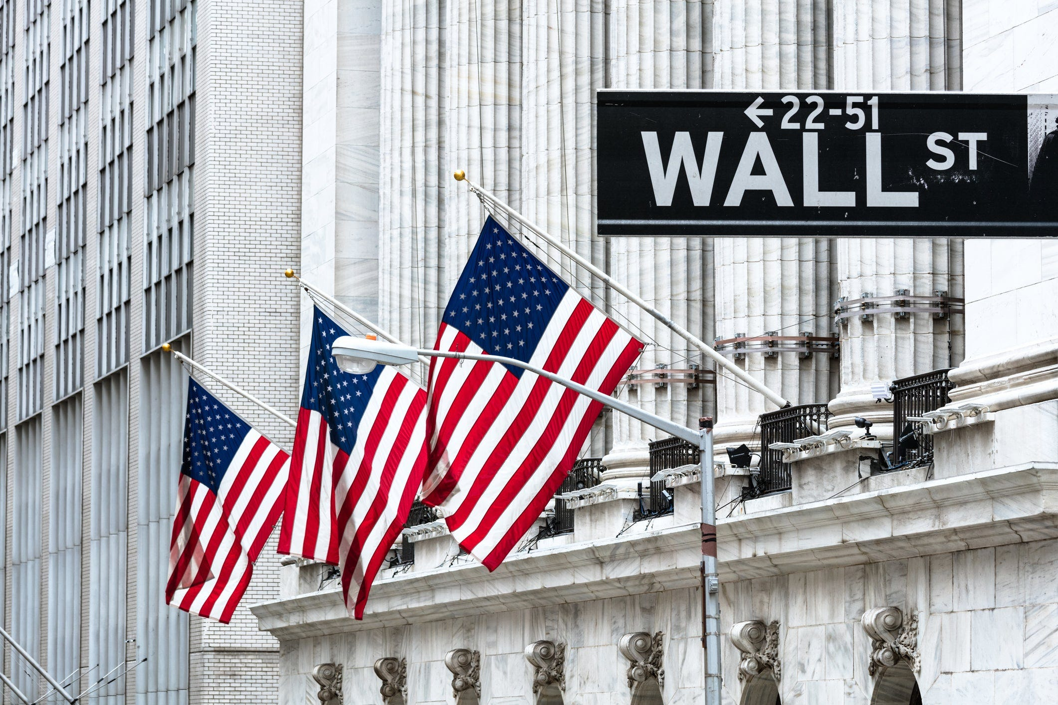 Stocks move higher on Wall Street as more earnings roll in