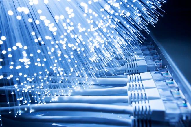 La FCC está construyendo un caso de que el acceso de banda ancha es mucho más que un lujo para los estadounidenses.  © istockphoto.com/Arcos (cortesía)