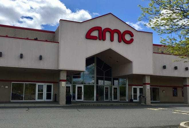 The outside of AMC Tallahassee 20.