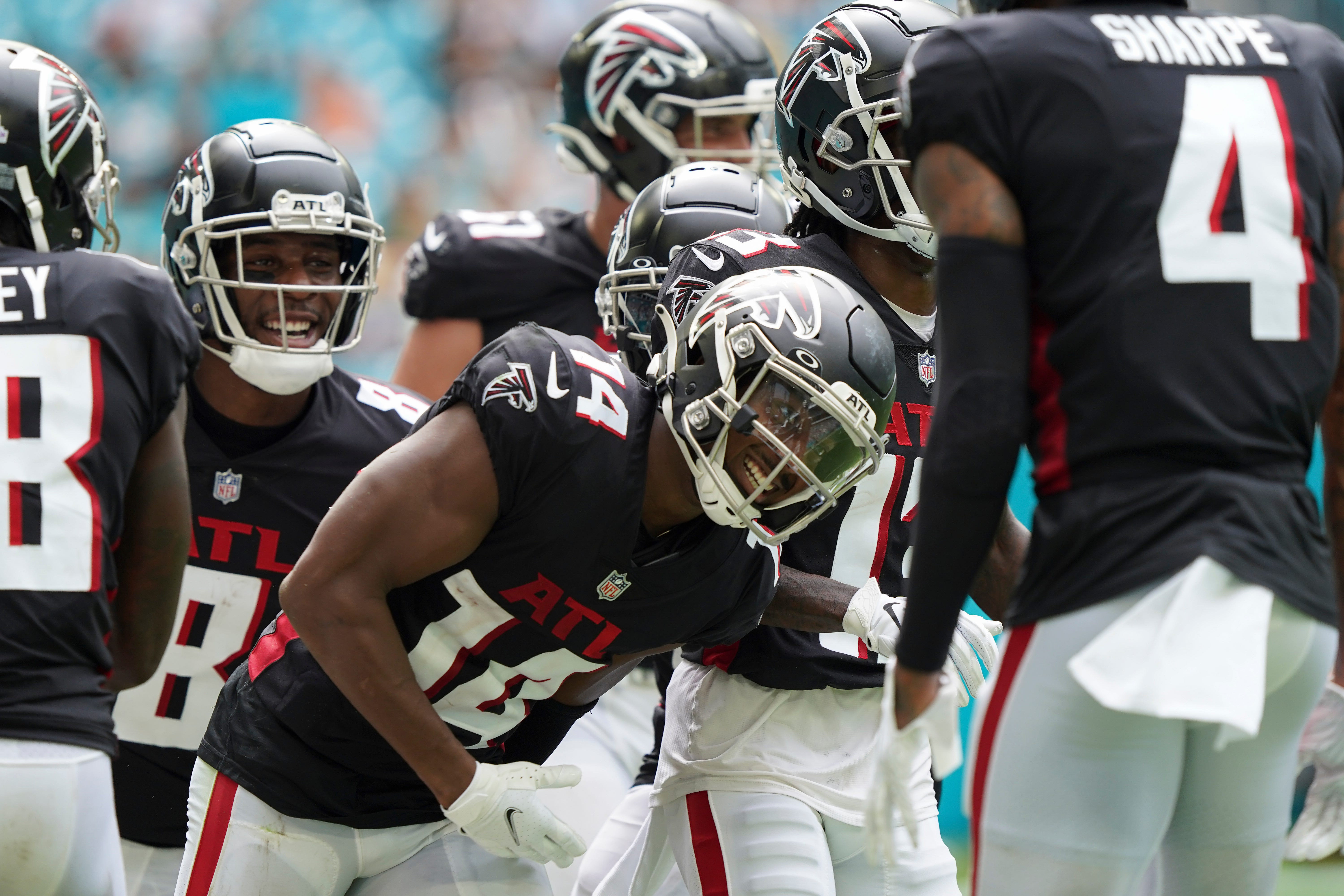 Miscommunication plagues Miami Dolphins secondary in loss to Atlanta Falcons