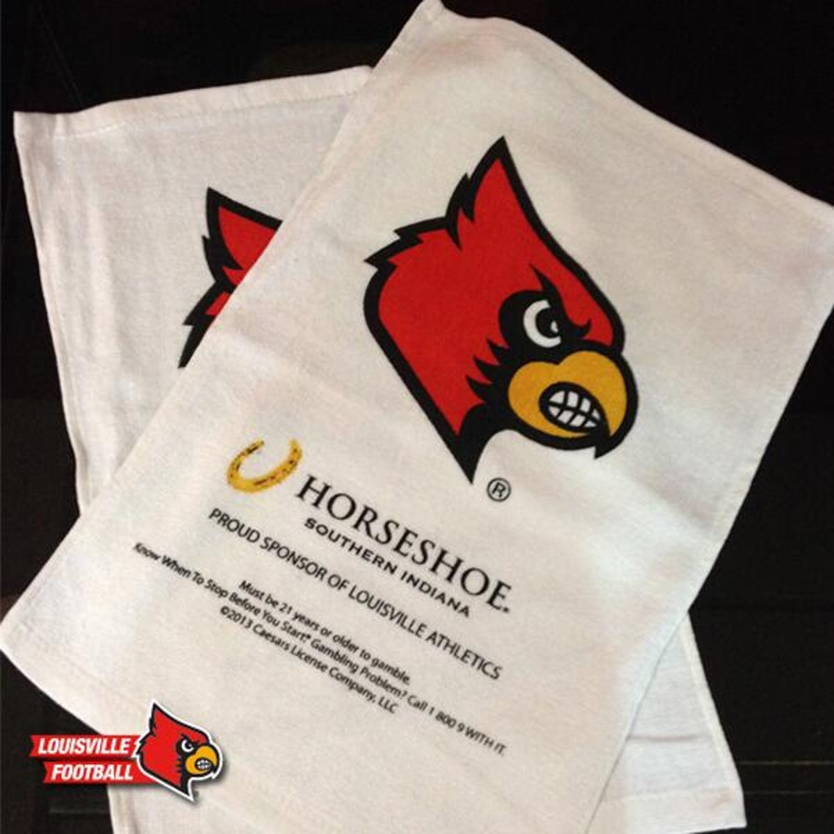 Louisville handing out 40,000 rally towels at sold-out