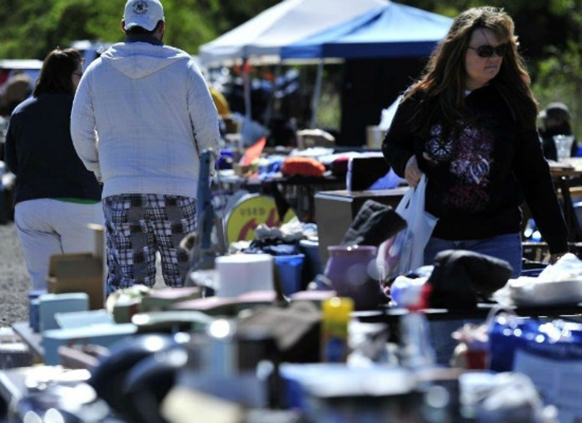 Neighborhood Yard Sales Make Shopping And Selling Easy