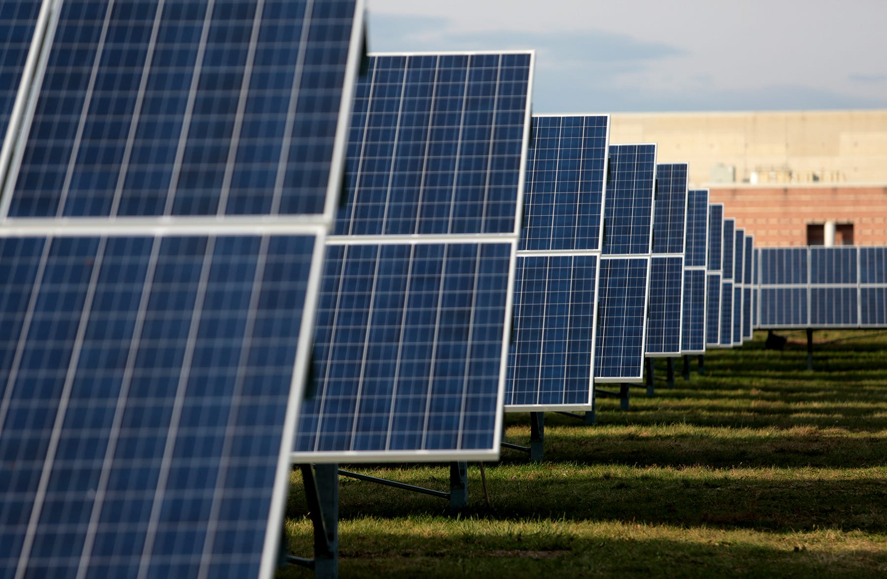 Lakewood hopes to cut costs with new solar panels