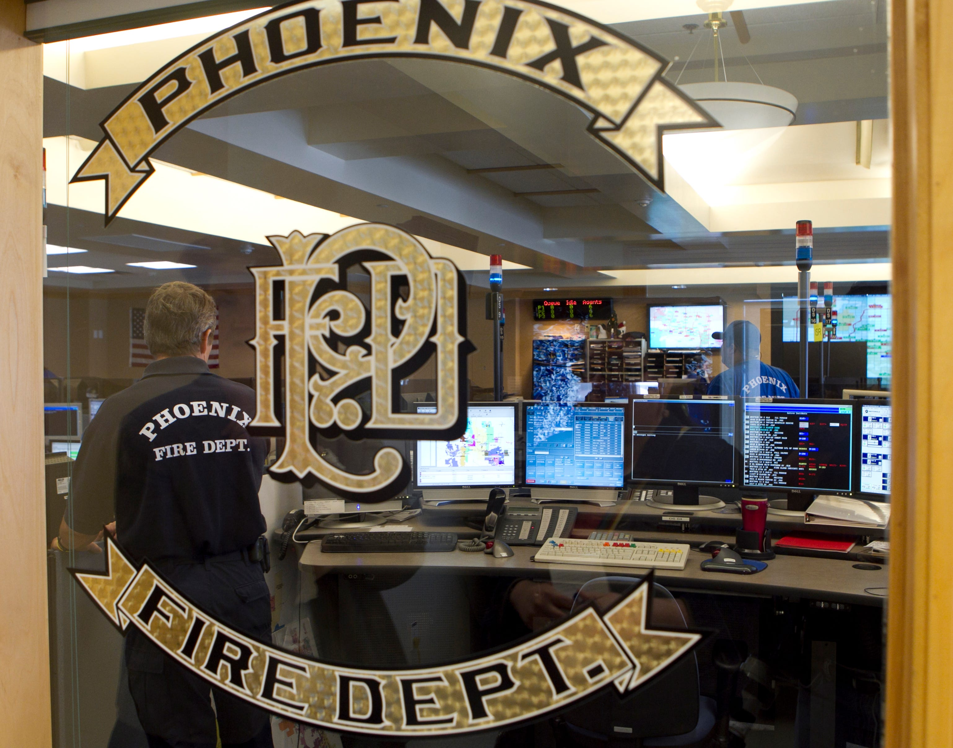 Phoenix, Glendale firefighters douse fire at Estrella Middle School