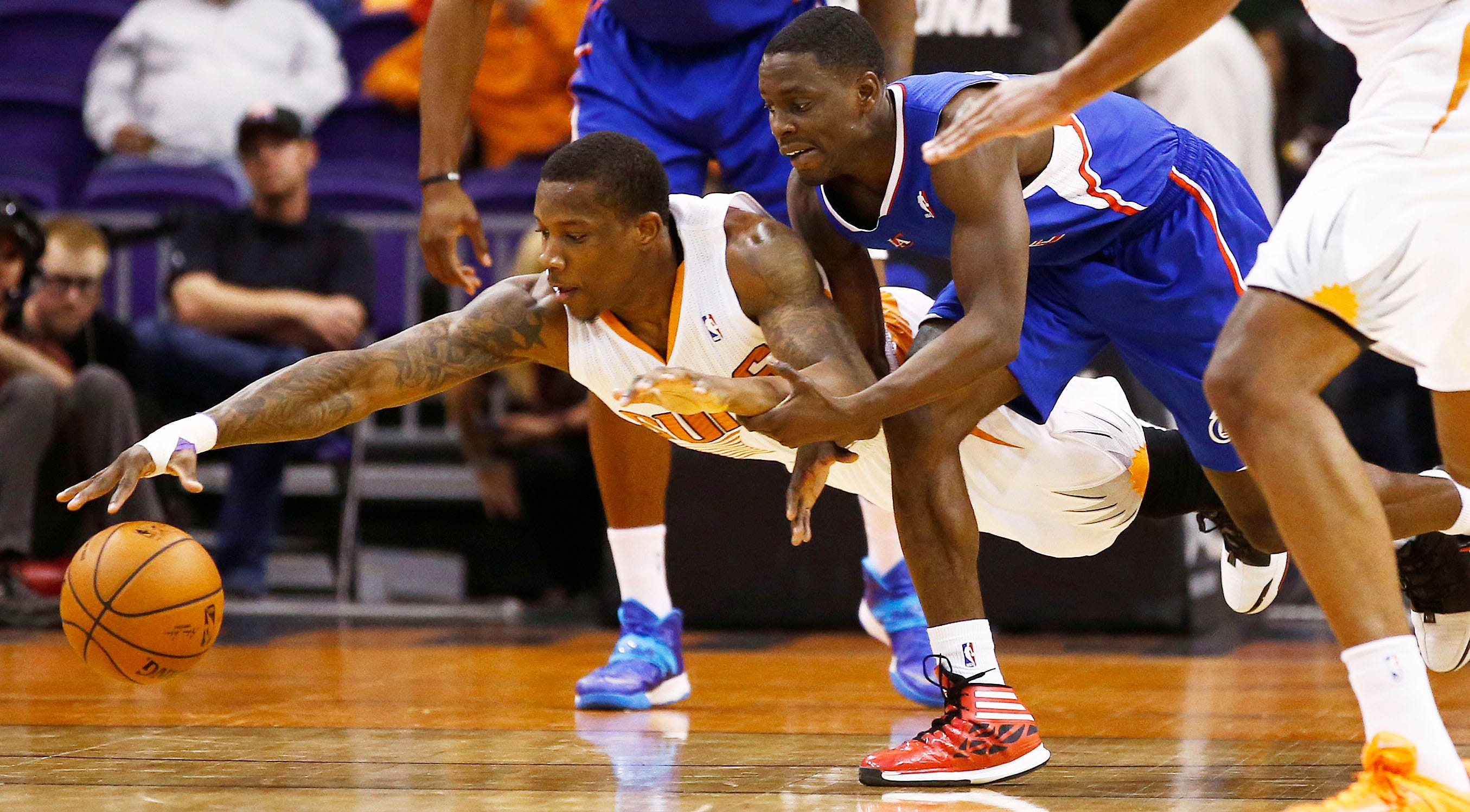 dcac96851 Phoenix Suns can t hold off Los Angeles Clippers