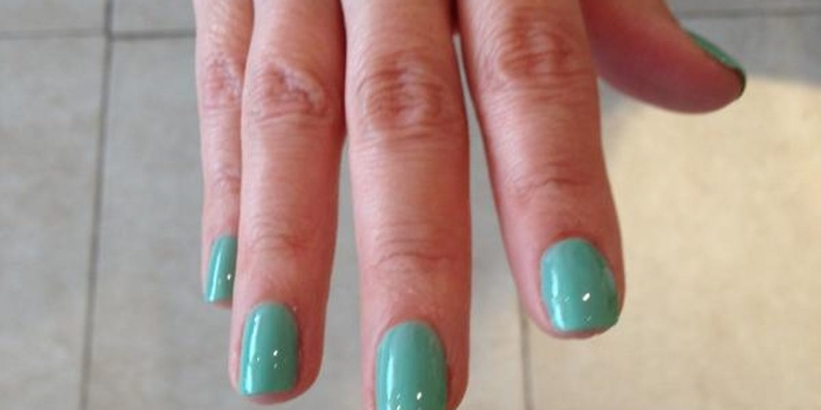 Salon Taupe Et Turquoise trendwatch: muted aqua nail color