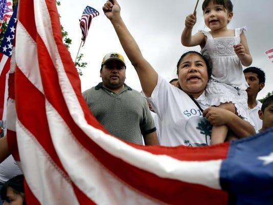 -Immigration_Protests_TXDAM201.jpg_200705011.jpg