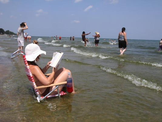 beachreaderr.jpg