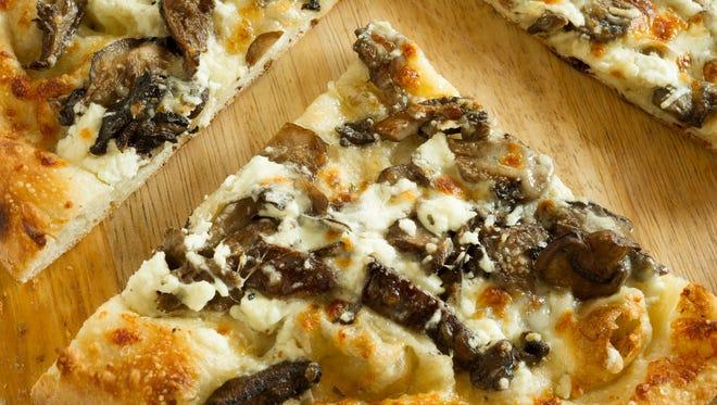 Veneto's mushroom pizza