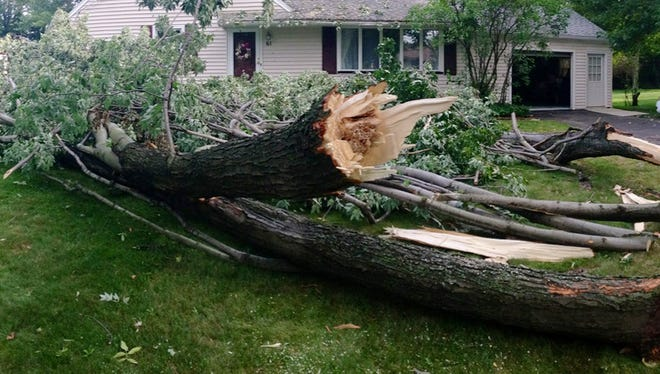 Nasty weather caused some damage in Greece last week.