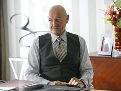 Terry O'Quinn stars in '666 Park Avenue.'