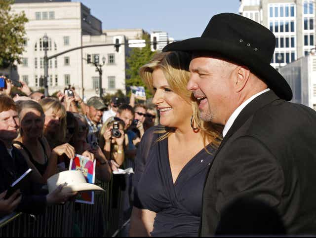 Garth Brooks Inducted Into Country Music Hall Of Fame
