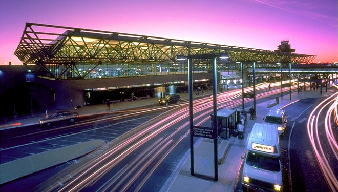 Oakland International?'s Terminal 2 was awarded a LEED Silver certification by the U.S. Green Building Council in 2010 for its environmentally friendly features.