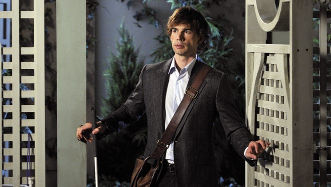 Christopher Gorham directs Tuesday's episode of USA's 'Covert Affairs,' which finds his character, Auggie, having romantic problems.