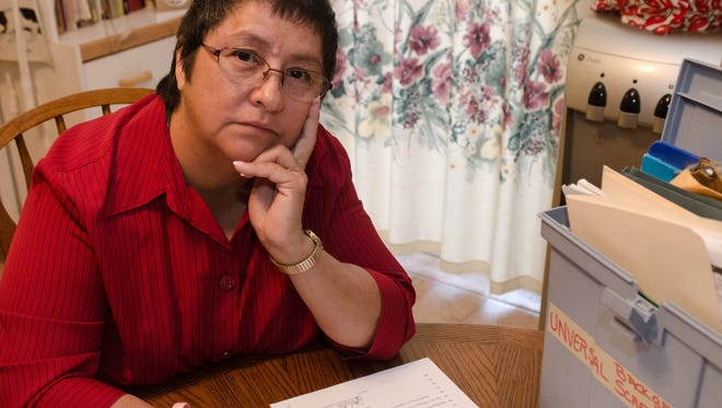 Darlene Martinez alleges that Universal Background Screening failed to notify her about a damaging report and didn't follow the necessary procedures to ensure accuracy, costing her a job.
