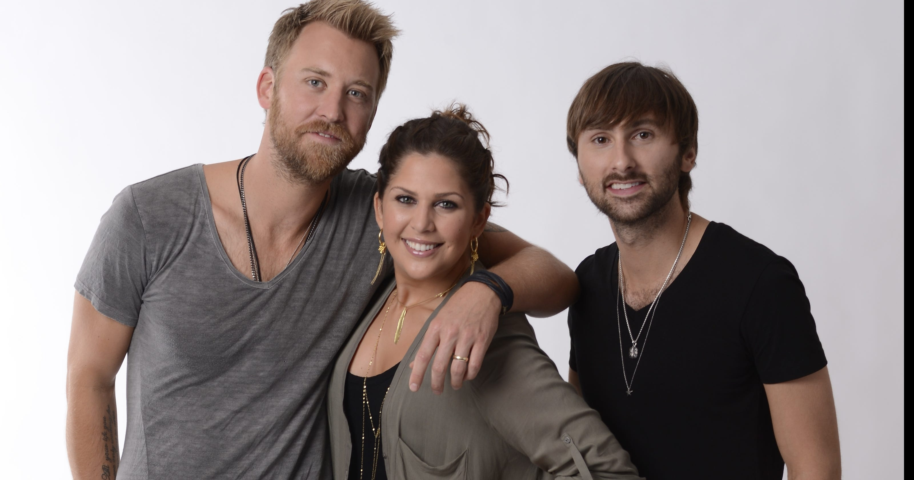 Lady Antebellum suits up for 'On This Winter's Night'