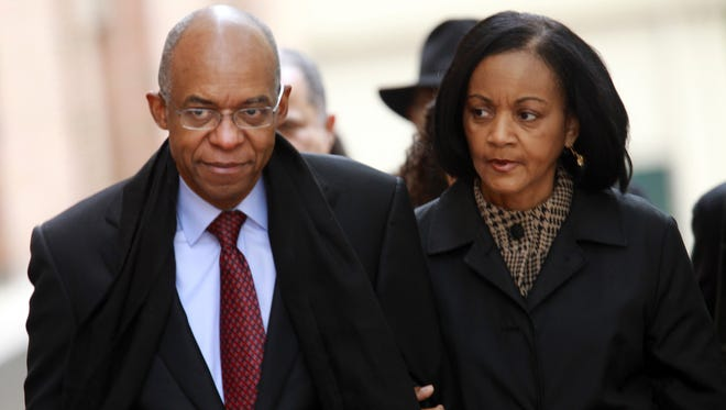 Former Louisiana congressman William Jefferson and wife Andrea enter a federal courthouse in Alexandria, Va., in this 2009 photo.