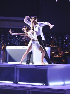Melissa Rycroft and Tony Dovolani, seen here performing on Monday's final performance, took the coveted mirrored disco ball Tuesday on 'DWTS.'