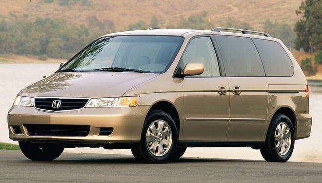 2004 Honda Odyssey.