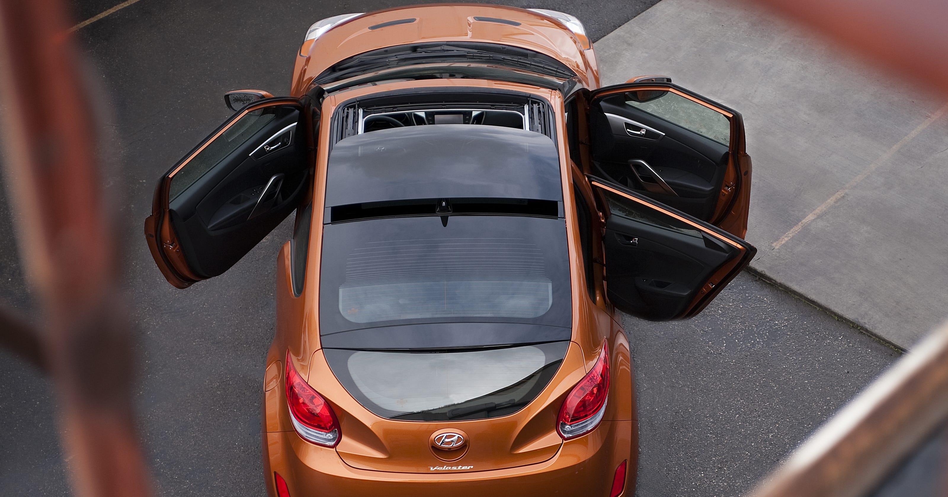 Hyundai recalls Veloster for sunroof, brake issues