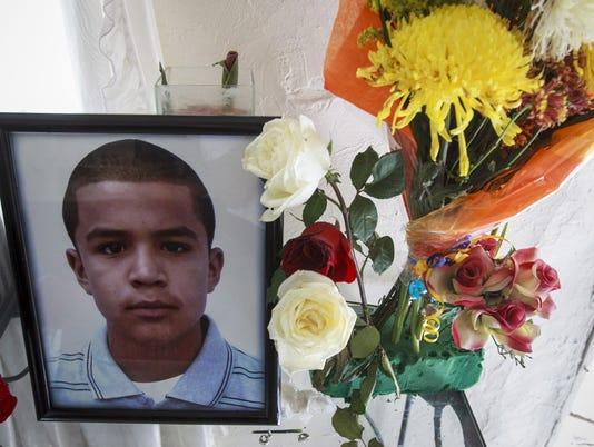 GAN BORDER TEEN KILLED 020613