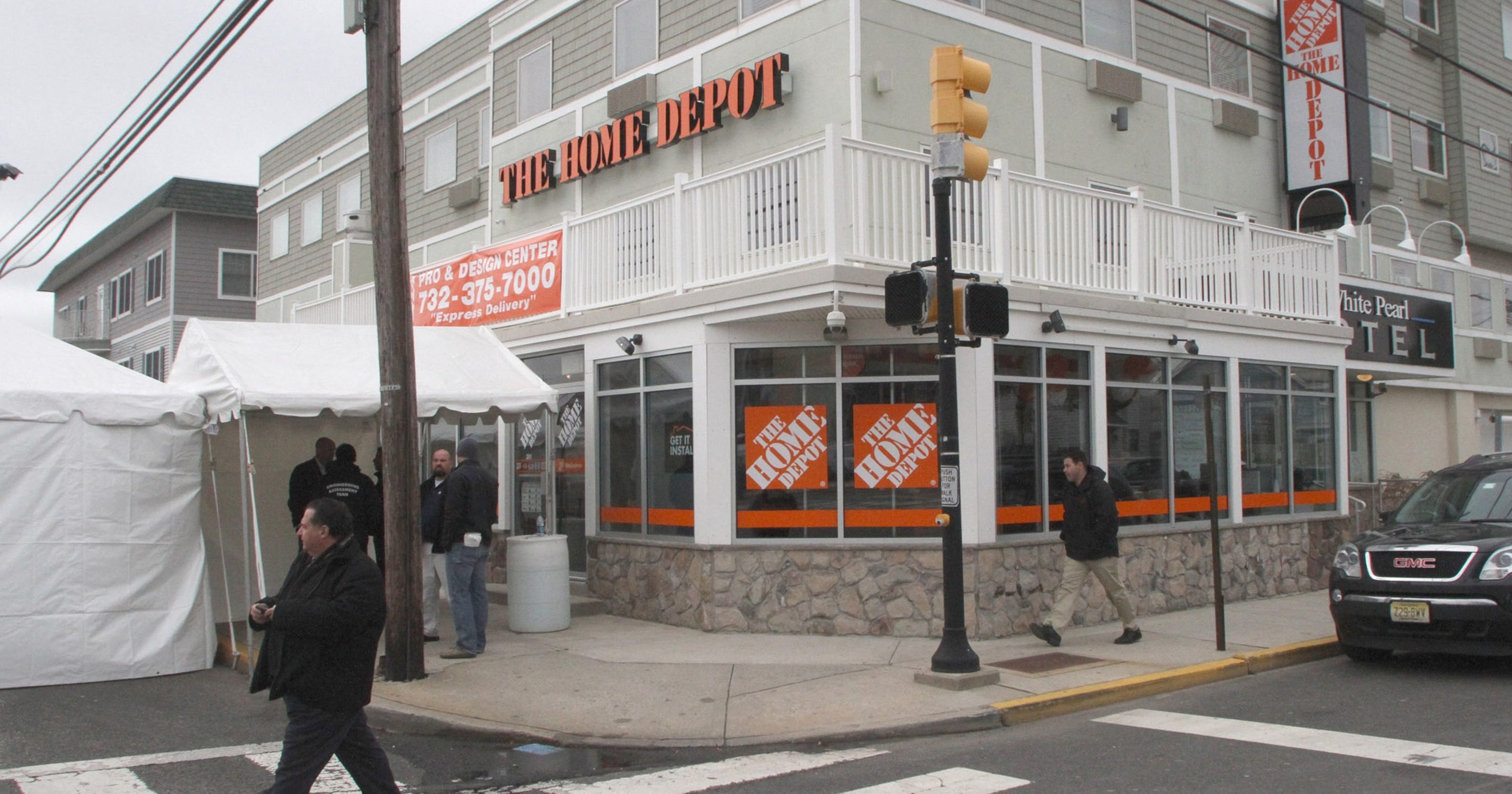 Sandy Spurs Home Depot To Open N J Satellite Store